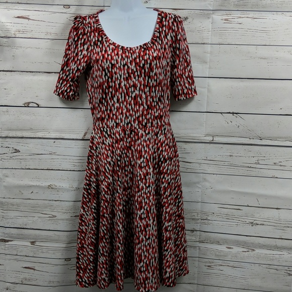 LuLaRoe Dresses & Skirts - LuLaRoe black/red/white dress Size Small